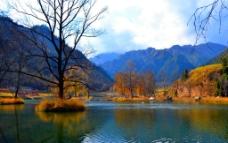 山峦美景图片