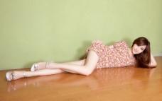 长腿美女写真图片