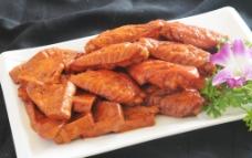 鸡翅烧豆泡图片