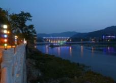 夜色下的梅山水库图片
