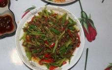辣椒芹菜炒鸡胗图片