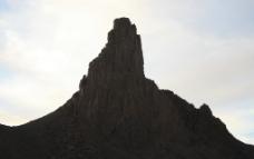 沙漠山影图片