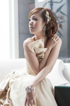 时尚美女连衣裙图片