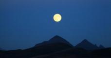 中秋月图片