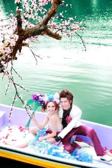 桃花朵朵开 婚纱样片图片
