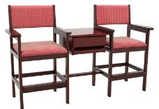 台球室休息桌子椅子图片