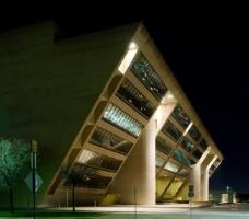 斜角建筑模型图片